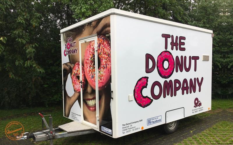 Anhänger Donut Company